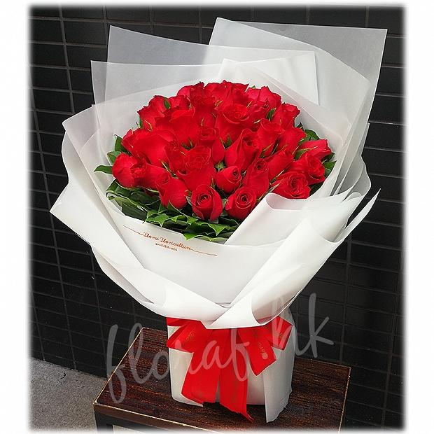 紅色玫瑰花束 | 99枝玫瑰 | 紅玫瑰 | 玫瑰花束 | 肯亞紅玫瑰 | 肯亞玫瑰