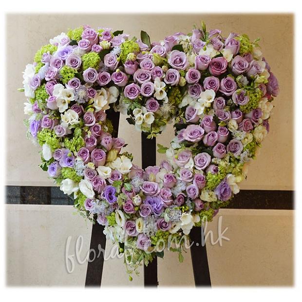 紫色玫瑰 心形白事花圈